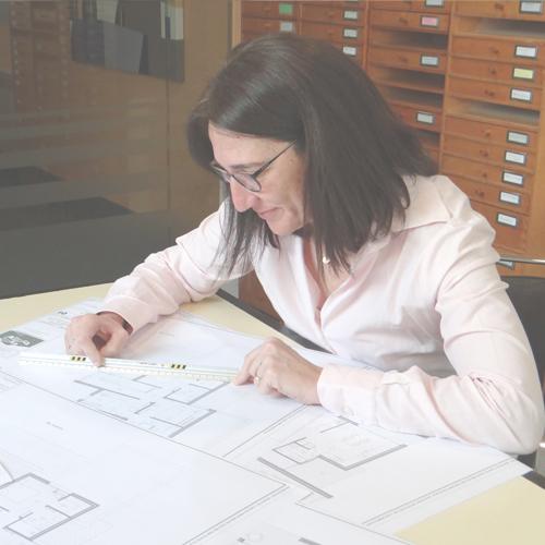 Barbara Morera, arquitecta técnica - Ros Arquitectura