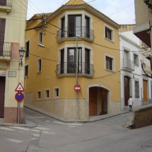 Fotografia façana. Projecte d'obra nova: 1998 Habitatge unifamiliar cantonada